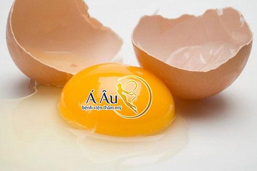 Trứng gà giúp da mặt được căng mịn, săn chắc và hồng hào.