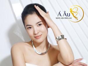 Phụ nữ Hàn quốc luôn được ái mộ nhờ nét đẹp tự nhiên và tươi trẻ lâu dài.