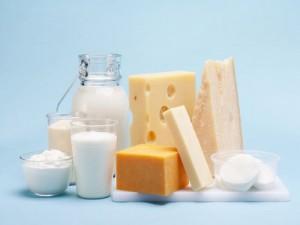Nên hạn chế ăn đồ bơ, đường, sữa