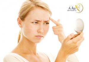 Qua thời gian, da mặt xuất hiện nhiều dấu hiệu của sự lão hóa.