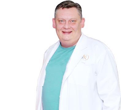 Dr. Maciej Lichaj