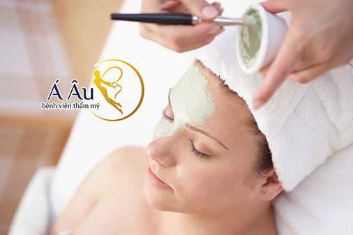 Bạn cần kiểm tra xem loại mặt nạ mình dùng có gây dị ứng cho da mặt hay không.